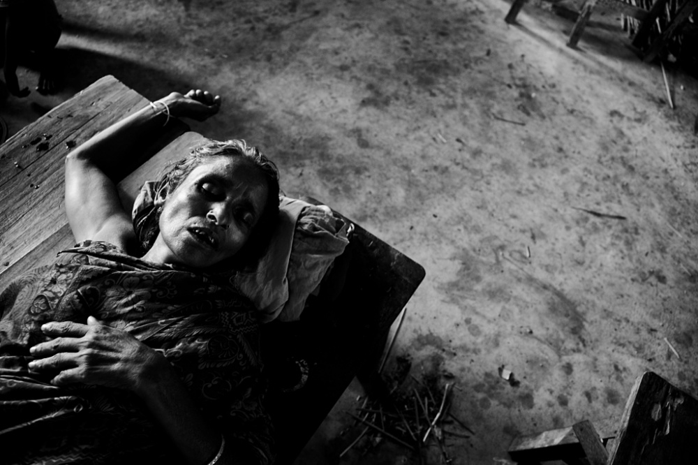 Art and Documentary Photography - Loading IMG_6990bnw.jpg