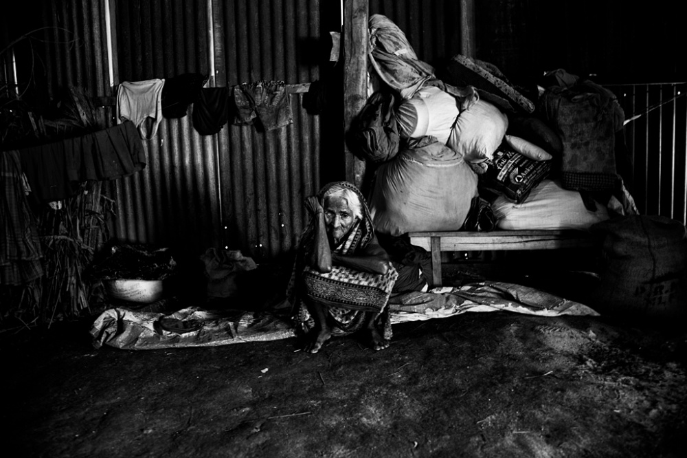 Art and Documentary Photography - Loading IMG_7115bnw.jpg