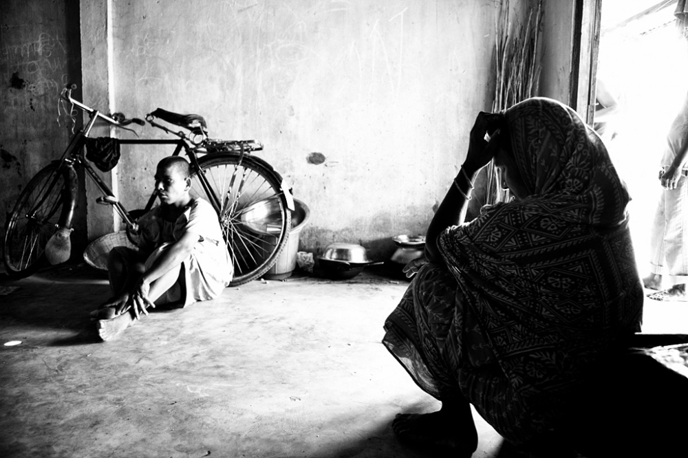 Art and Documentary Photography - Loading IMG_8682bnw.jpg
