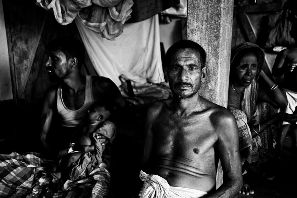 Art and Documentary Photography - Loading IMG_8729bnw.jpg